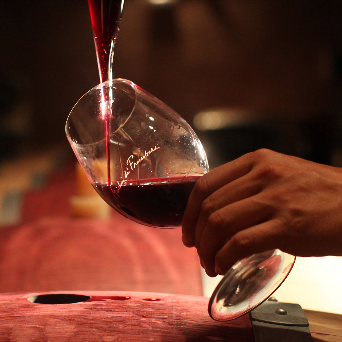 """Is Drinking Wine By the Glass """"Antisocial""""?"""