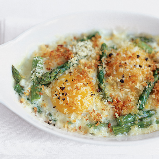 Baked Egg and Asparagus Gratins