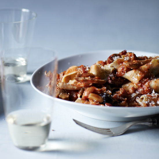 HD-2013-r-chicken-thigh-ragu-with-pappardelle.jpg