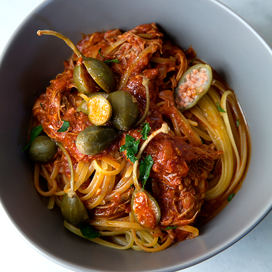 BOLLA0715-HD-slow-cooker-chicken-cacciatore-with-linguine-and-caper-berries.jpg