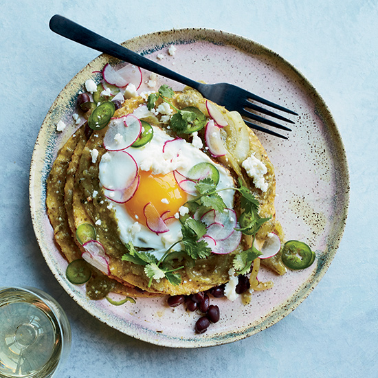 10 Recipes That Celebrate the Oozy Glory of Sunny-Side-Up Eggs