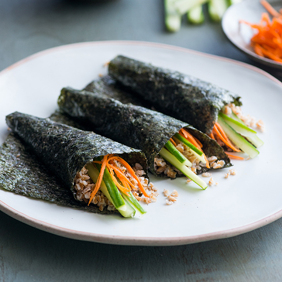 HD-201311-r-bulgur-roasted-seaweed-handrolls.jpg