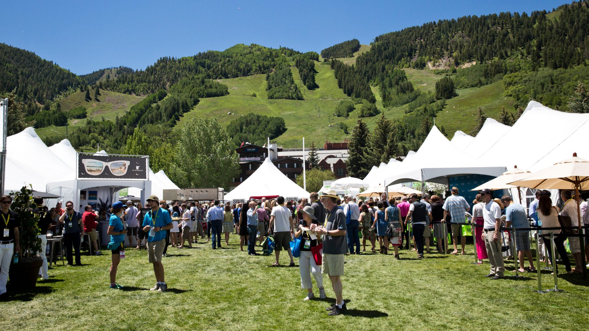 Follow the #FWFesties at the Food & Wine Classic in Aspen!
