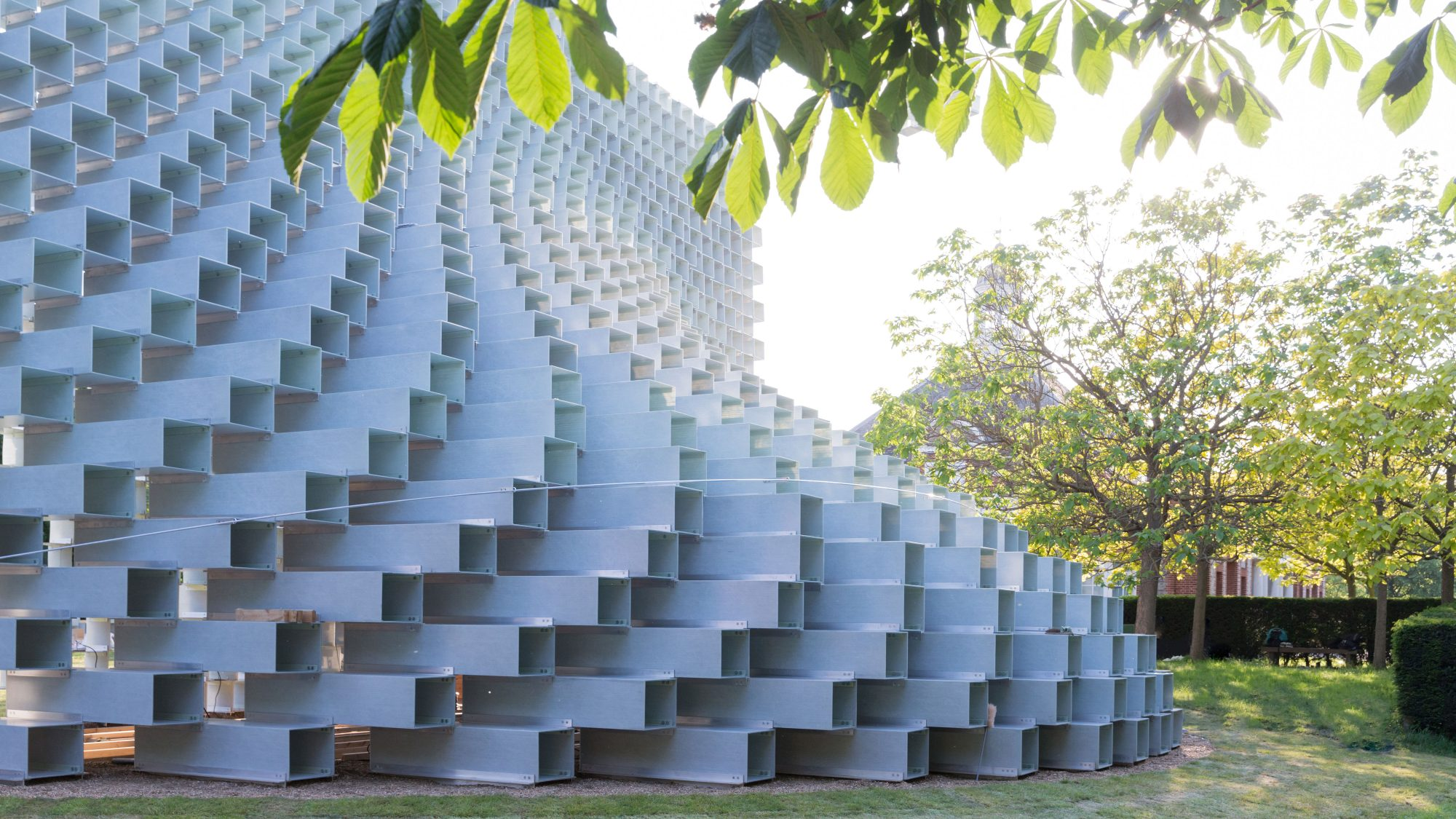 serpentine-summer-pavilion-2-FT-BLOG0716.jpg