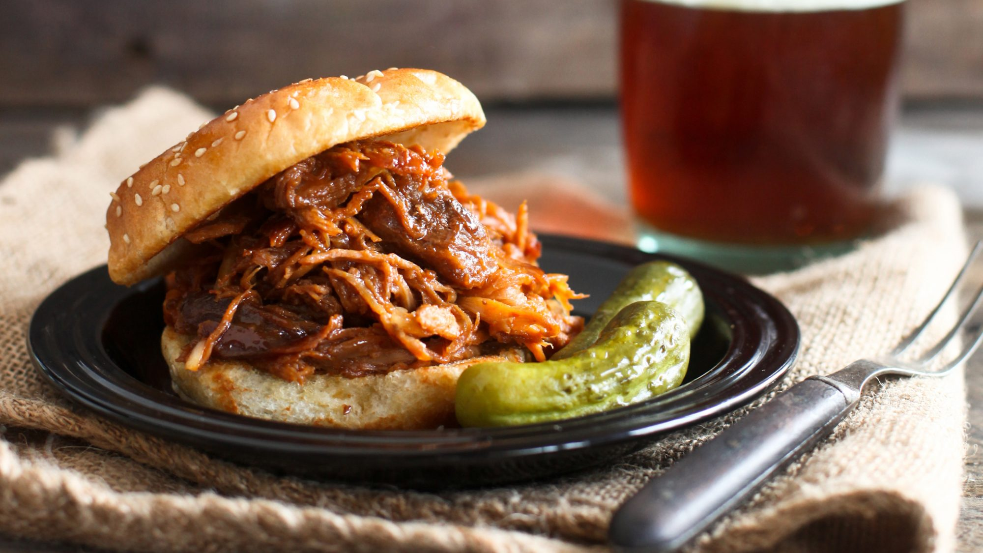 Slow Cooker Barbecued Pulled Pork