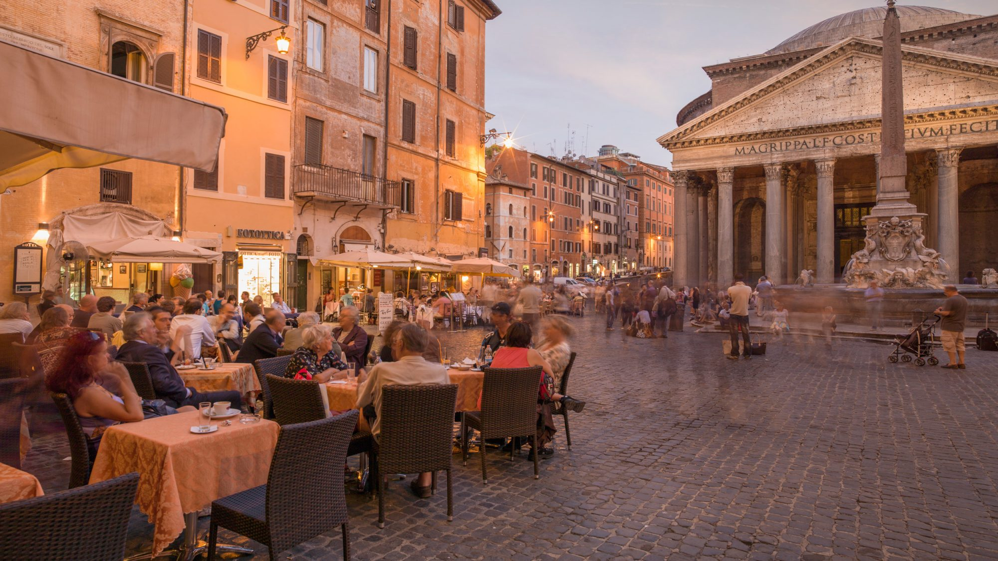Rome Bans Drinking On Public Streets in the Evening