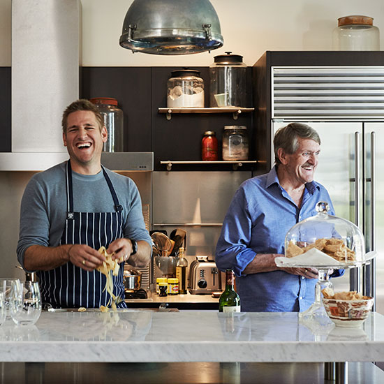 original-201403-HD-curtis-stone.jpg