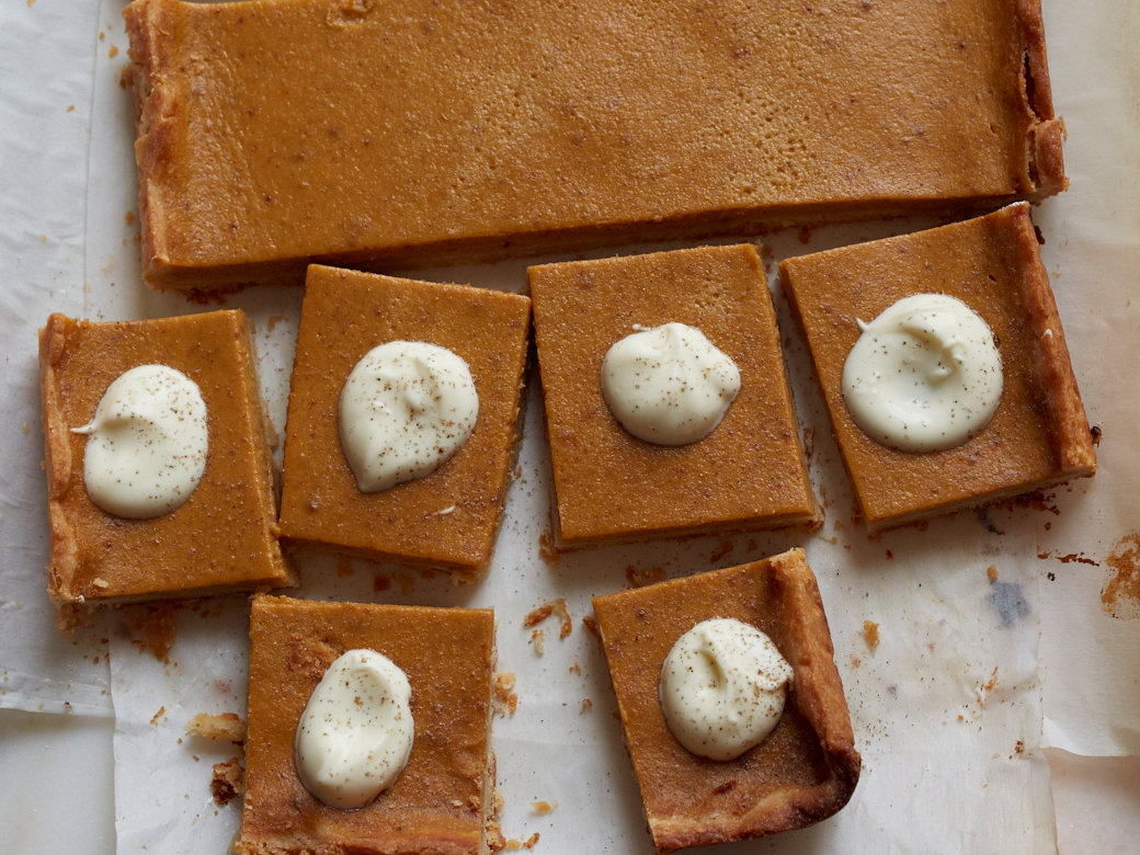 original-201311-r-pumpkin-pie-bars.jpg