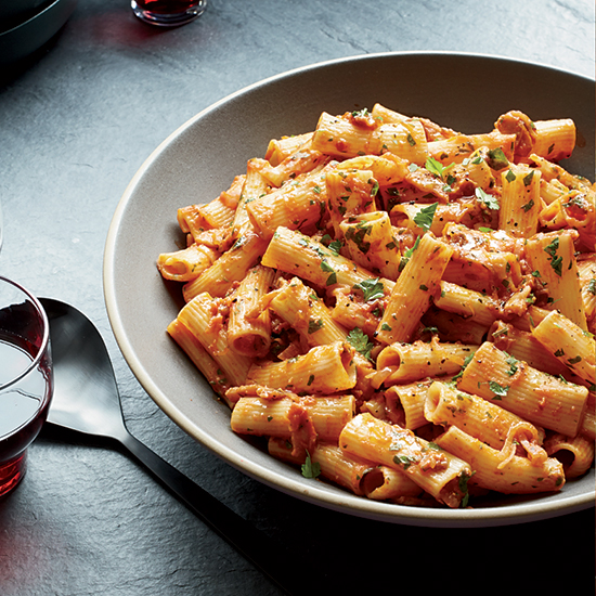 8 Brilliant Ways to Use Bacon in Pasta Dishes