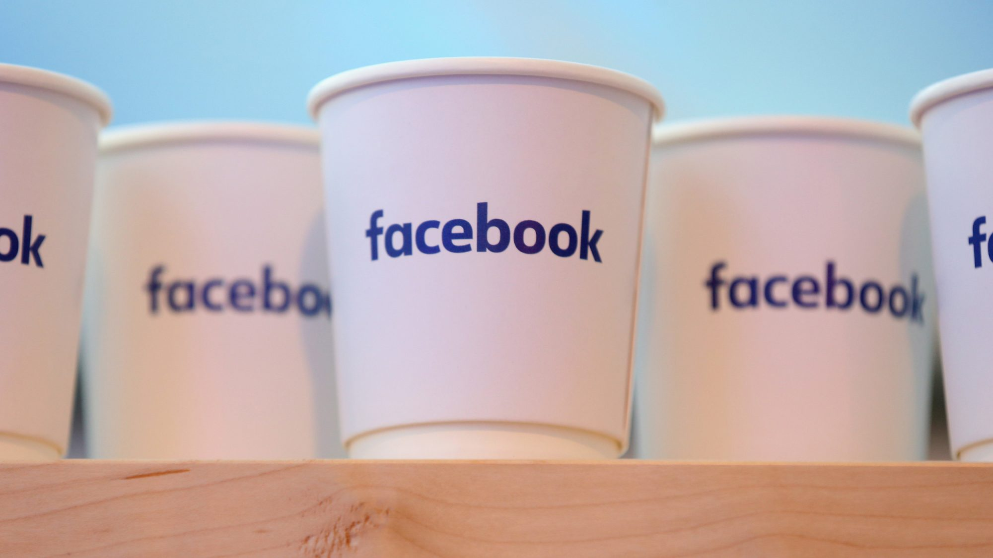 Facebook Users Can Now Order Food Through Pages
