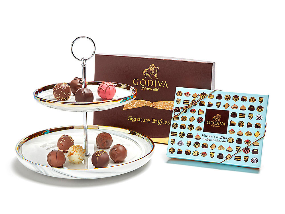 godiva-pedestal-with-signature-and-patisserie-truffles-best-chocolate-gifts-FT-BLOG0119.jpg