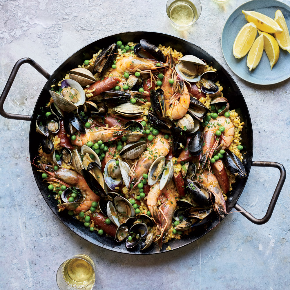 5 Essential Tools You Need for an Epic Paella, According to Chefs