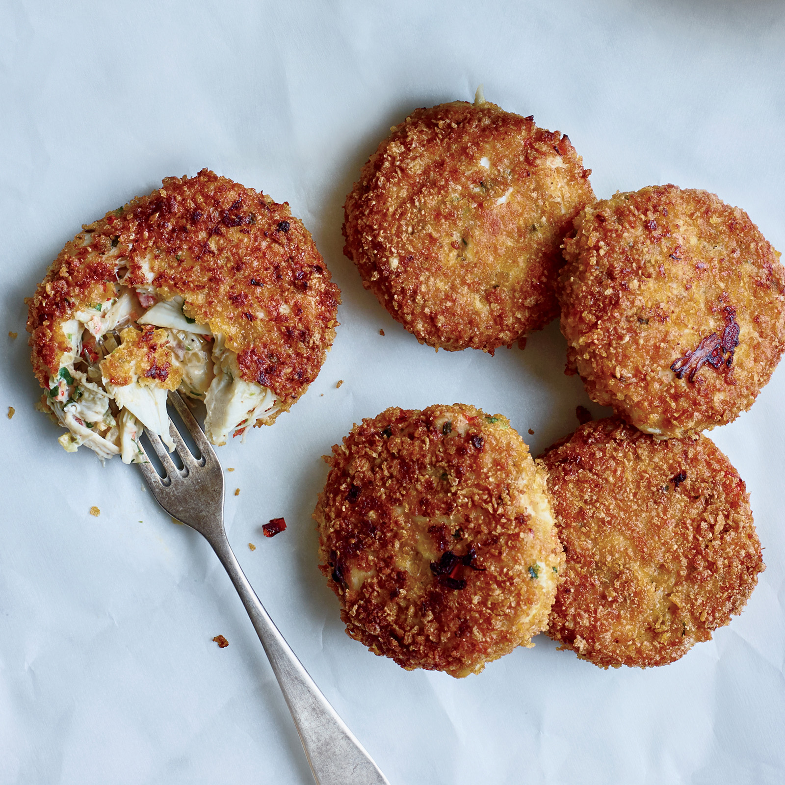 How to Make Crab Cakes with Smoky Onion Remoulade