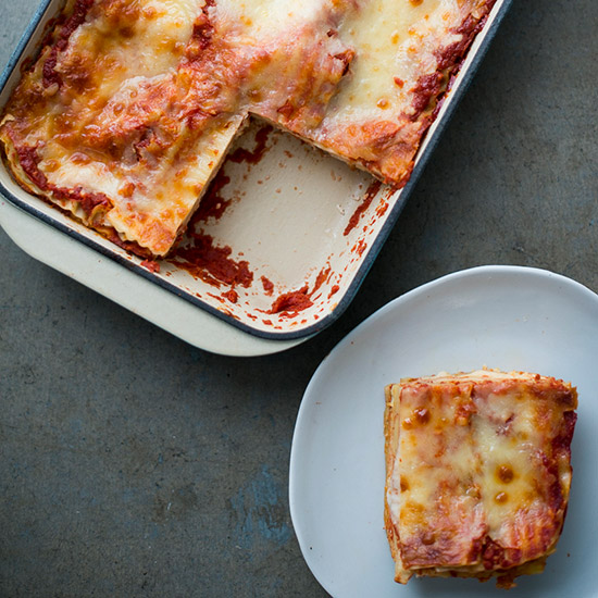 HD-201404-r-easy-cheese-lasagna.jpg