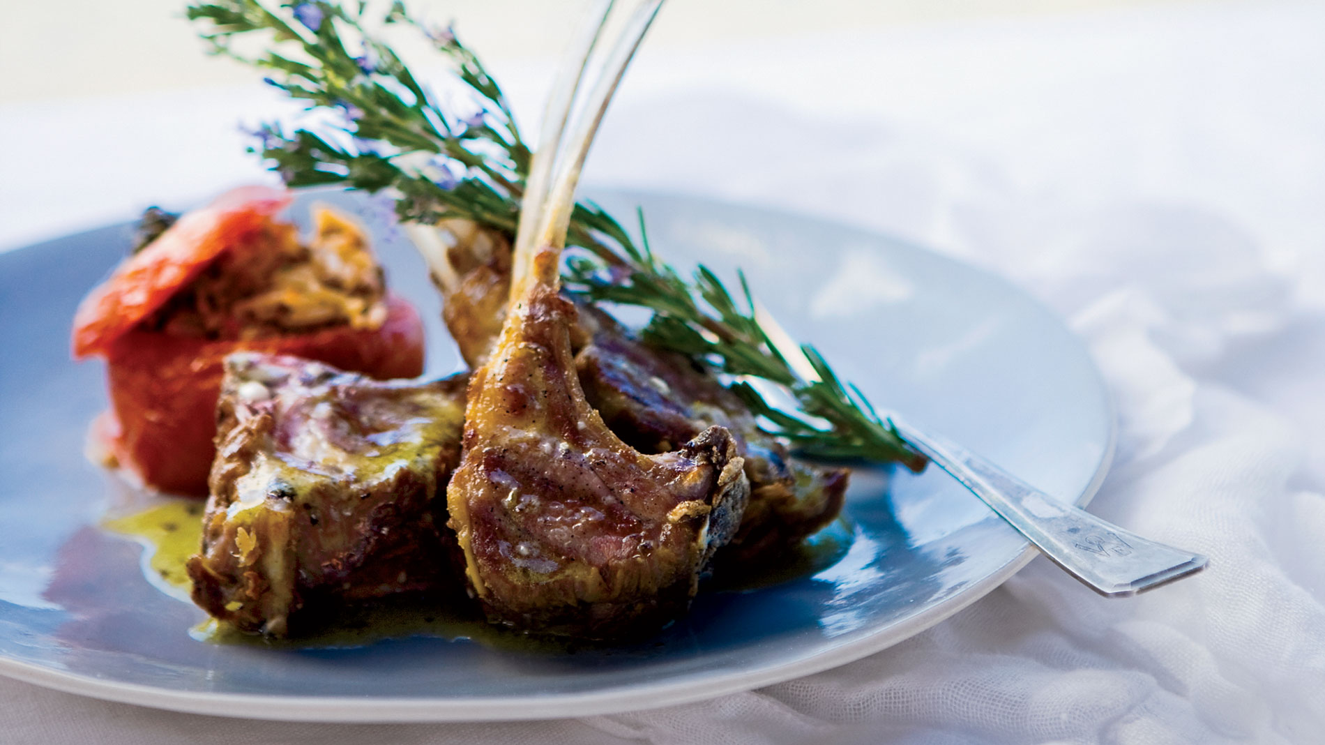 Grilled Lamb Chops with Ladolemon