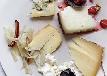 201109-ss-summer-party-food-cheese-plate.jpg