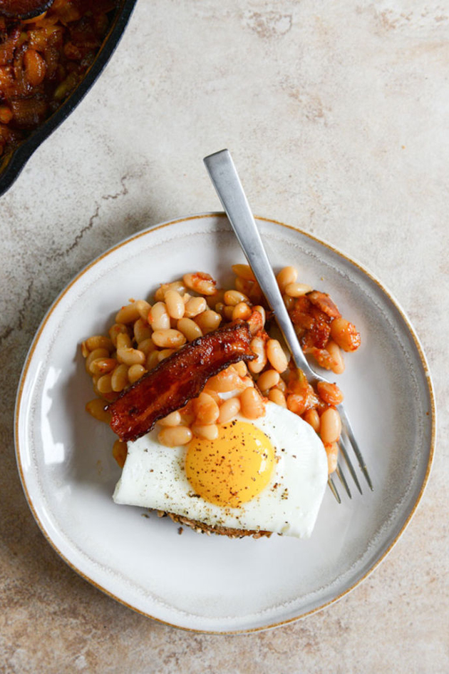 Knife and fork at the ready! There's a Baked Beans cafe coming to London!