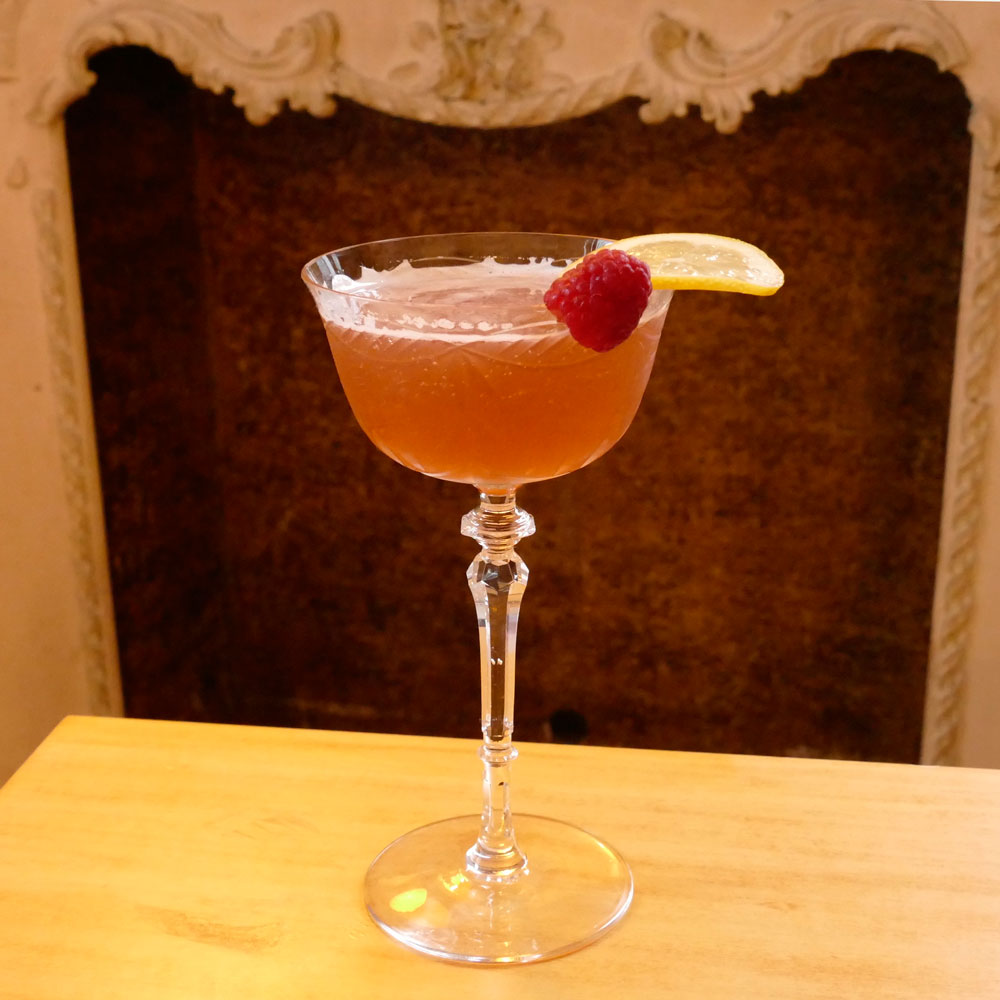 Chambord Drink: 3 Delightfully Raspberry-ish Chambord Drinks For Spring