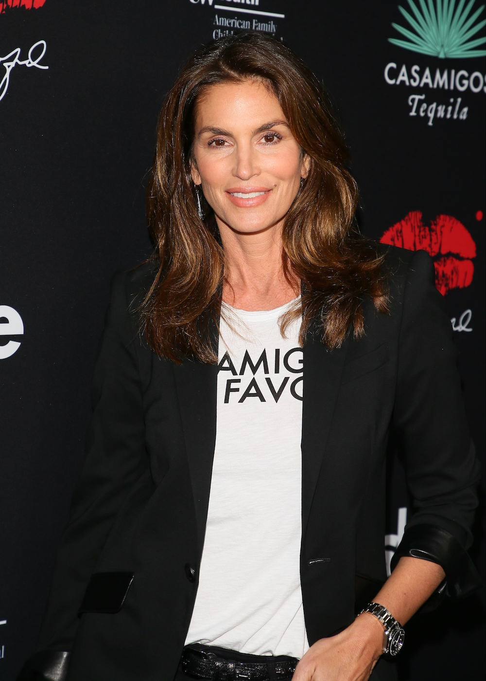 Cindy Crawford attends the Umami Burger x Cindy Crawford artist series launch