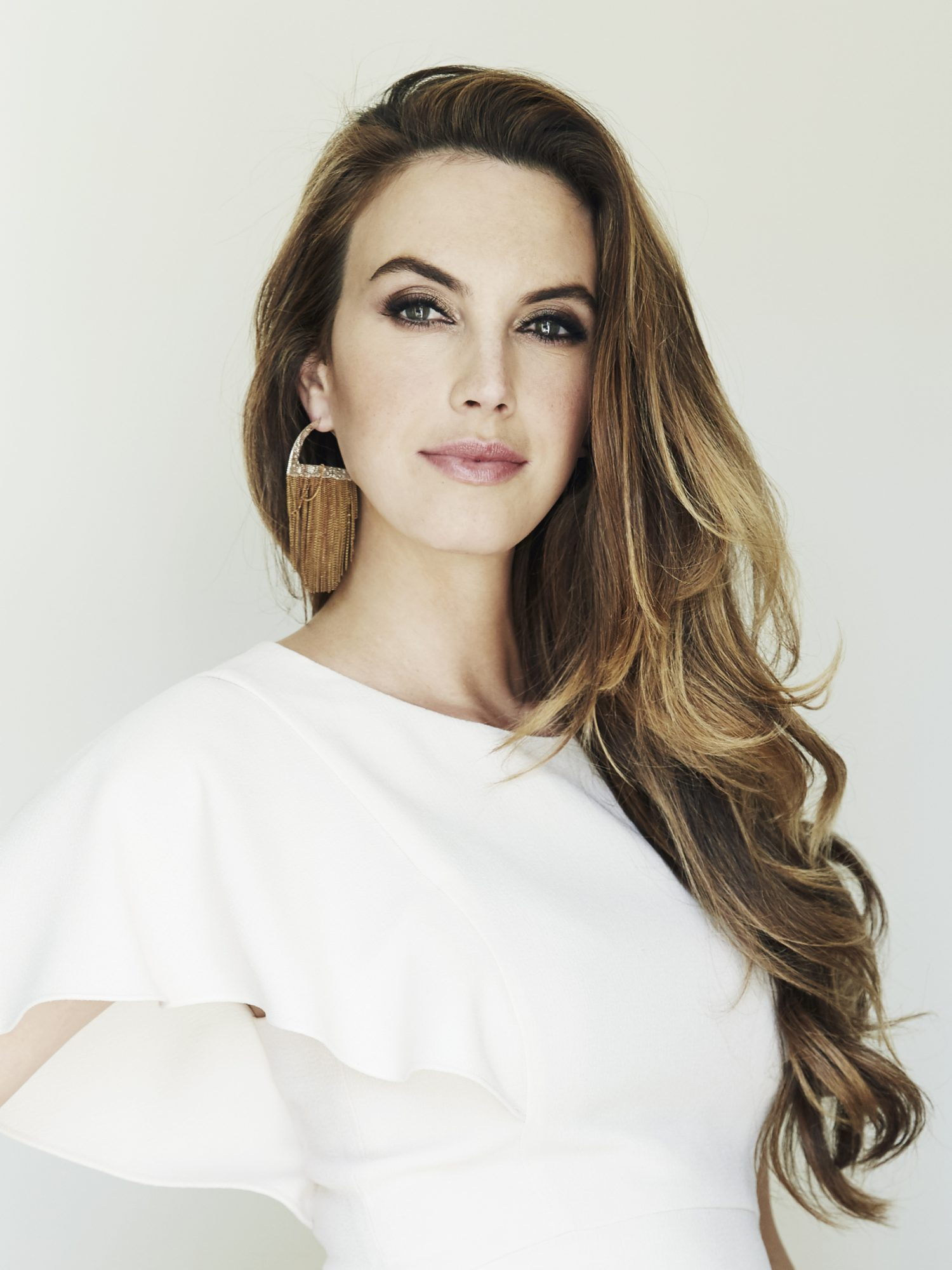 Elizabeth Chambers Hammer Held a Seriously Impressive Girl Scout Cookie Record As a Kid