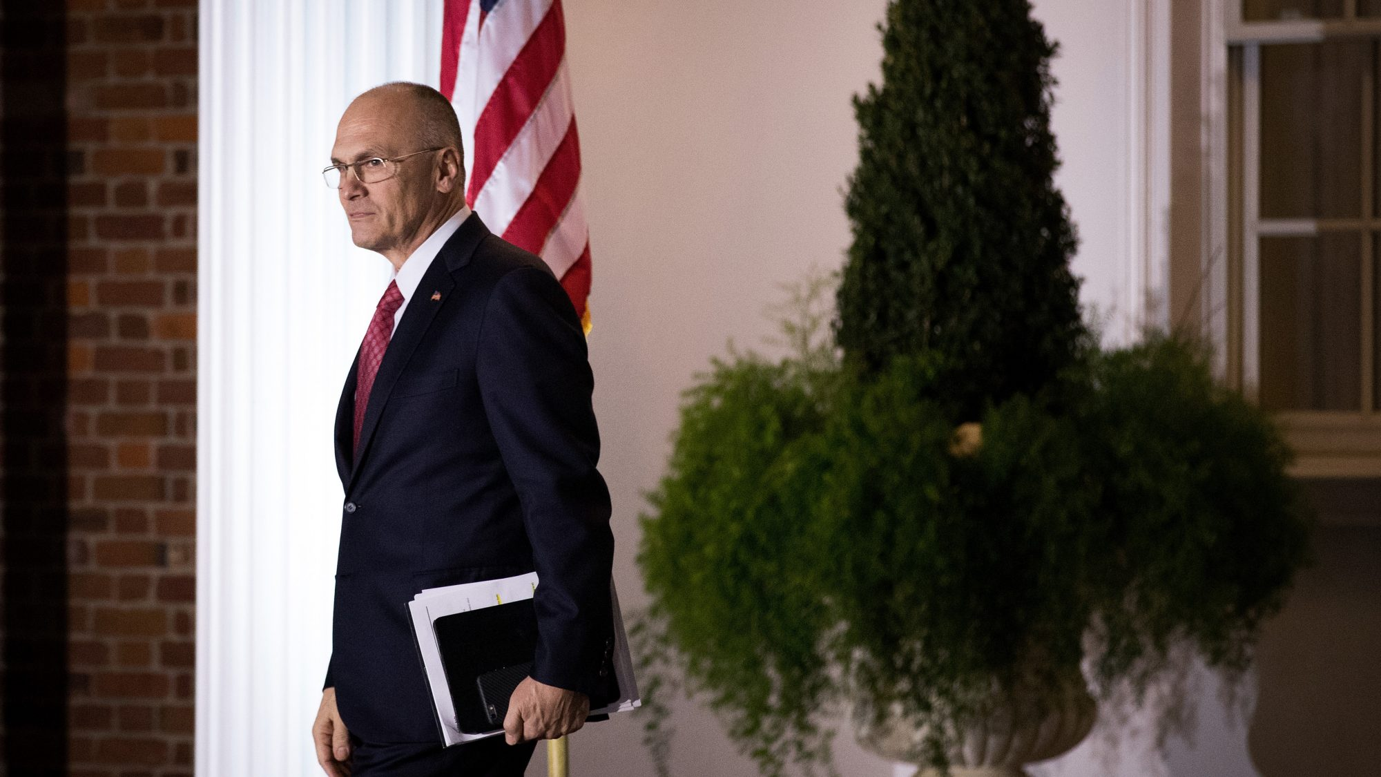 Former Labor Secretary Pick Andy Puzder Is Gone as Carl's Jr, Hardee's CEO