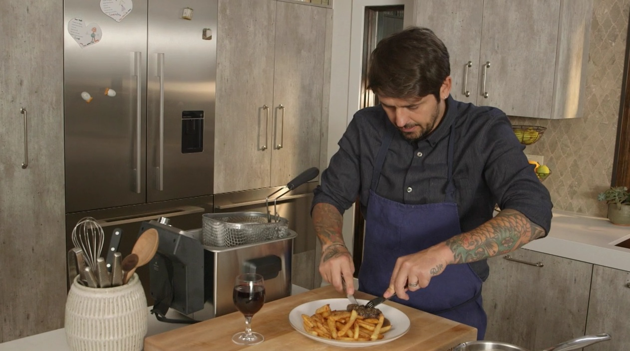Steak Frites Is the Perfect Date Food, According to Ludo Lefebvre