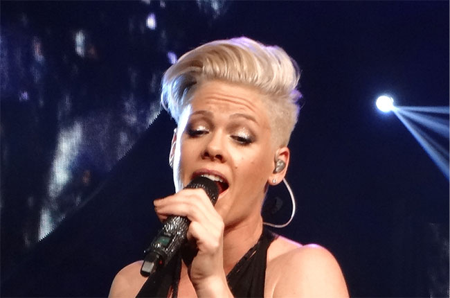 pink, us singer, wine