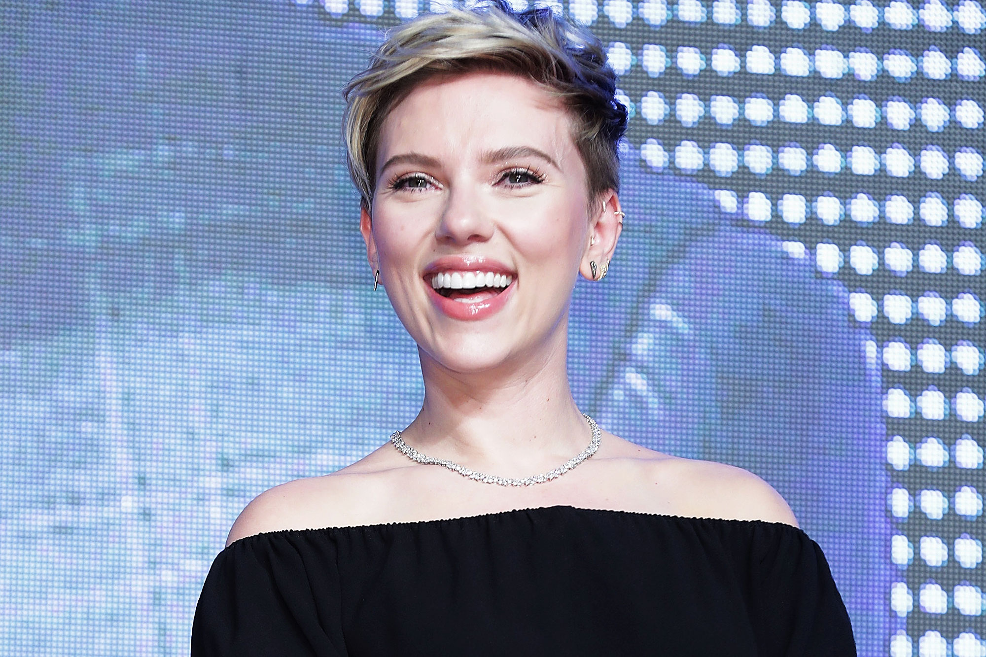 Scarlett Johansson's Celebrity Crushes Are Both Chefs