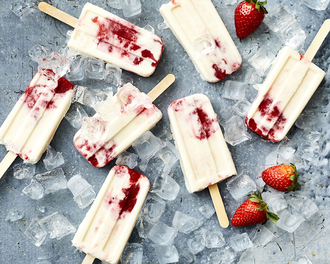 Frozen Strawberries-and-Cream Pops