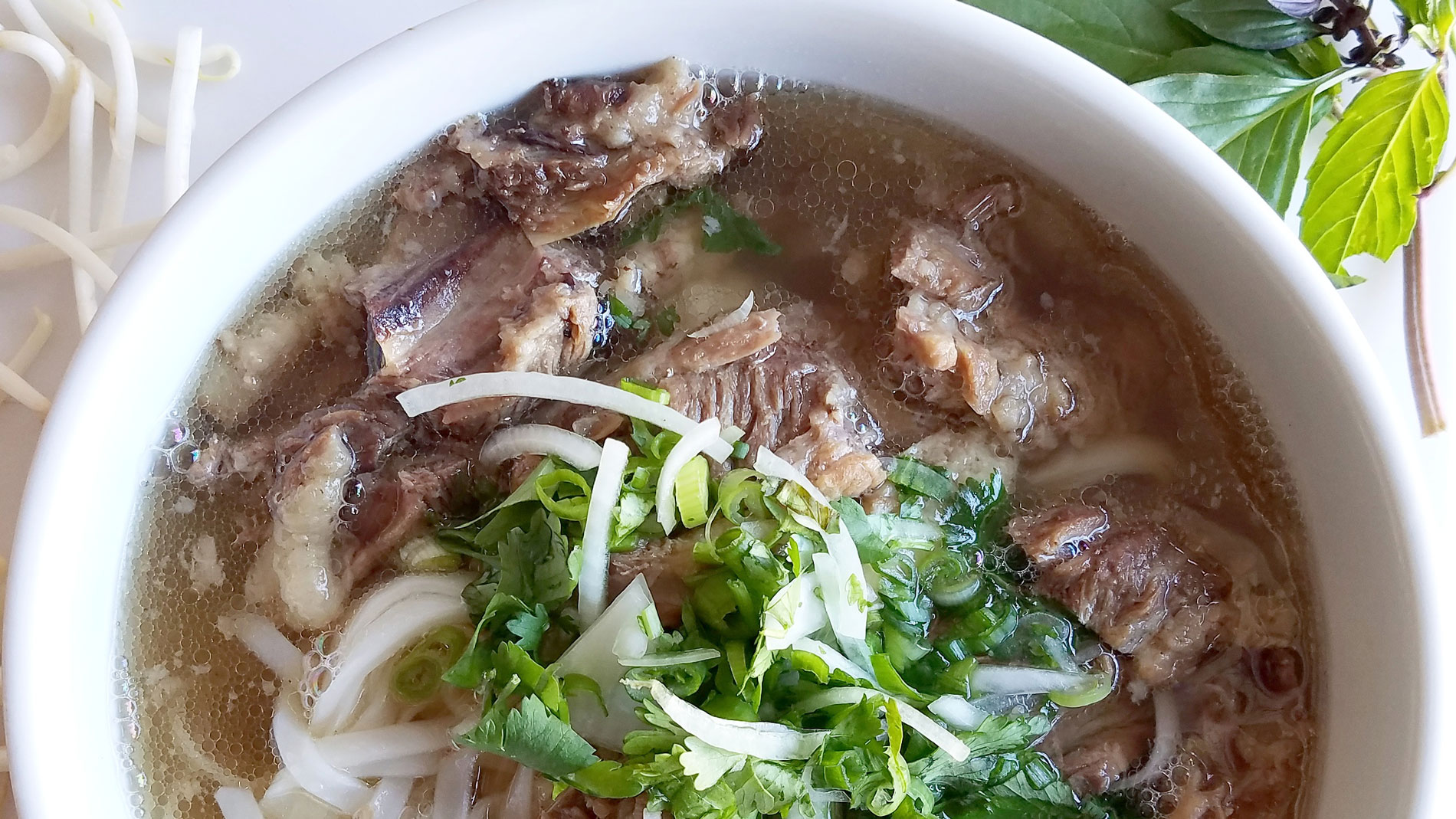 L.A.'s Best New Bowl of Pho Is Off-Menu