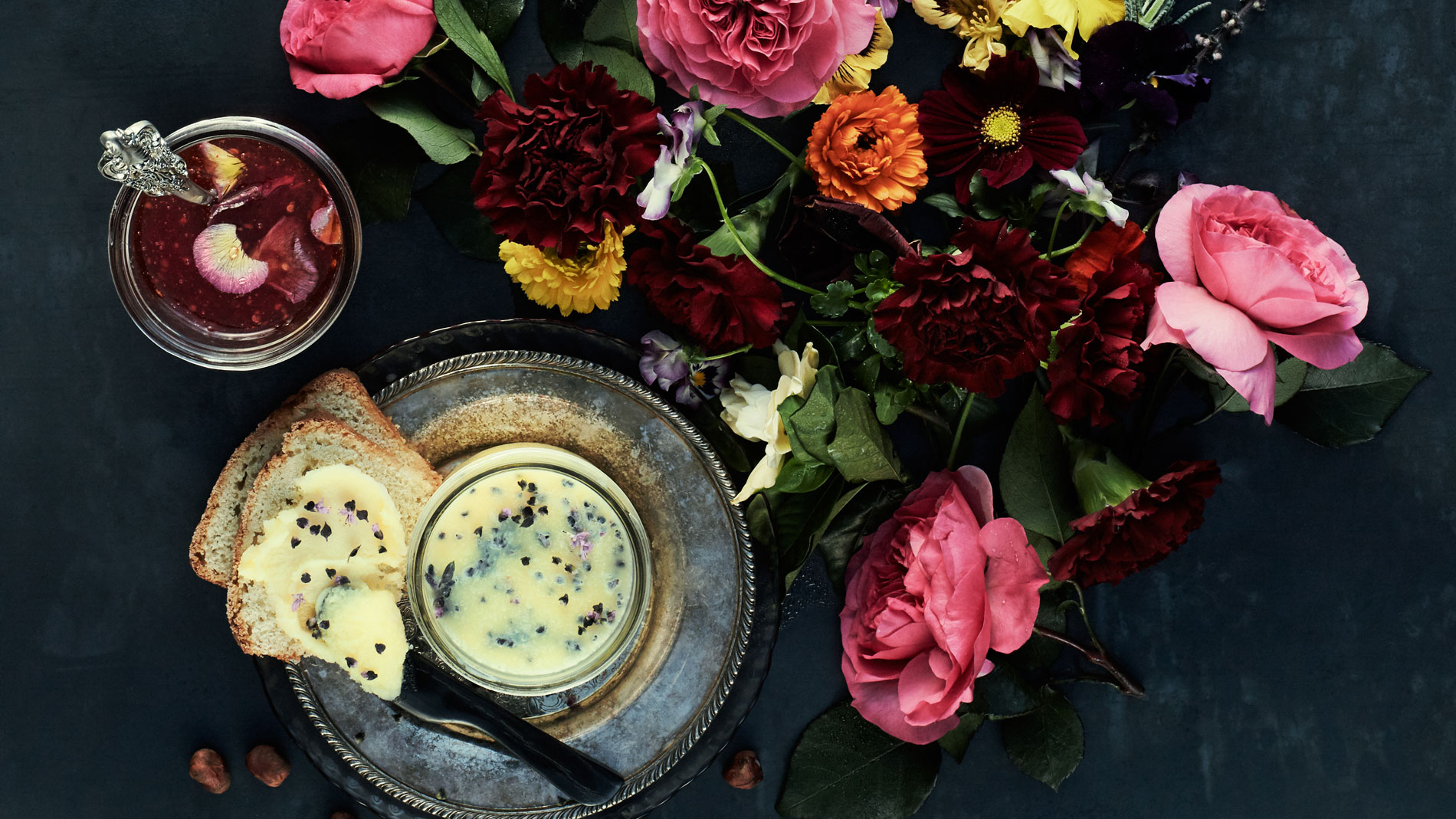 9 Edible Flower Recipes for Mother's Day