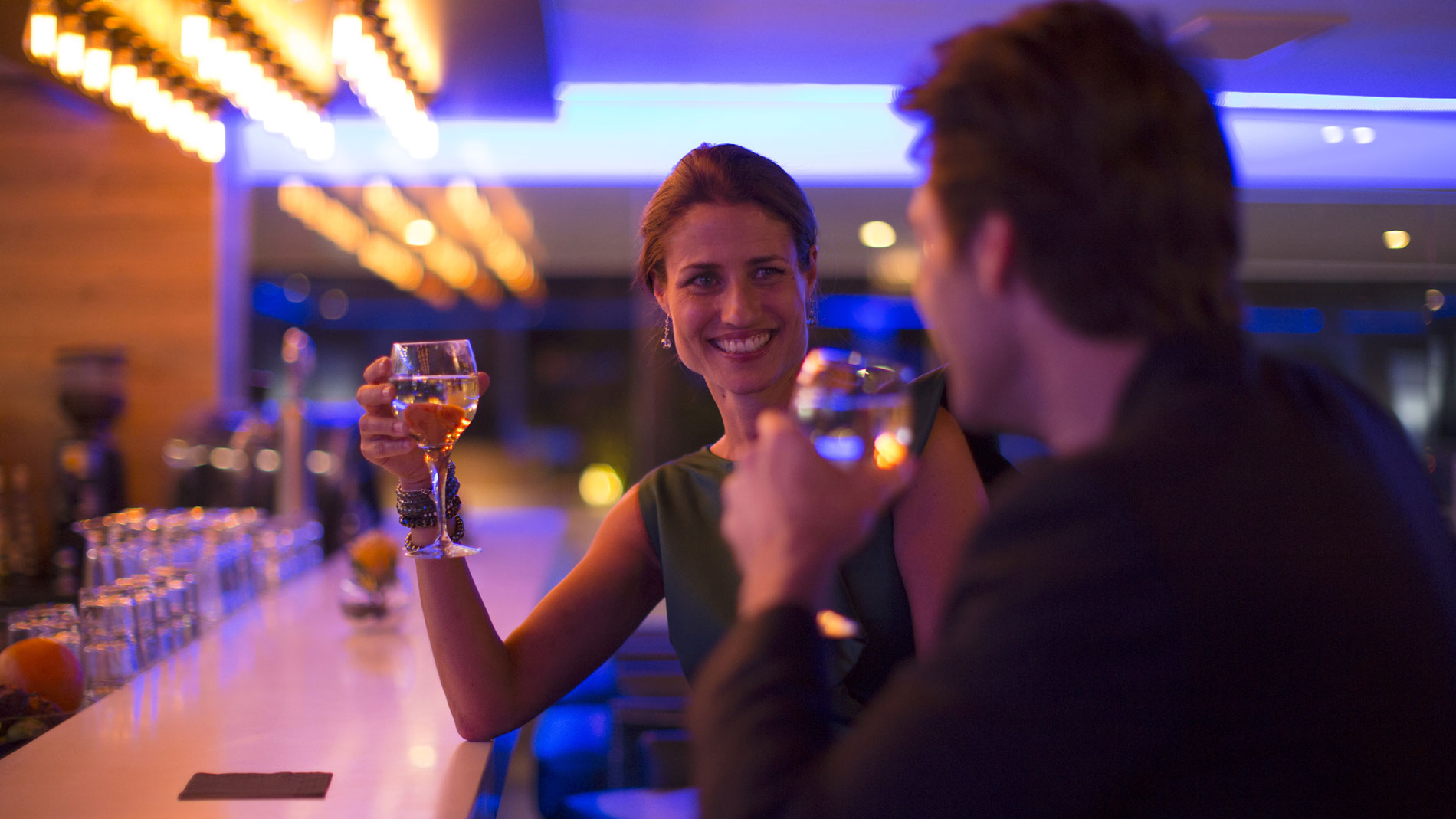 Bartenders Dating Advice