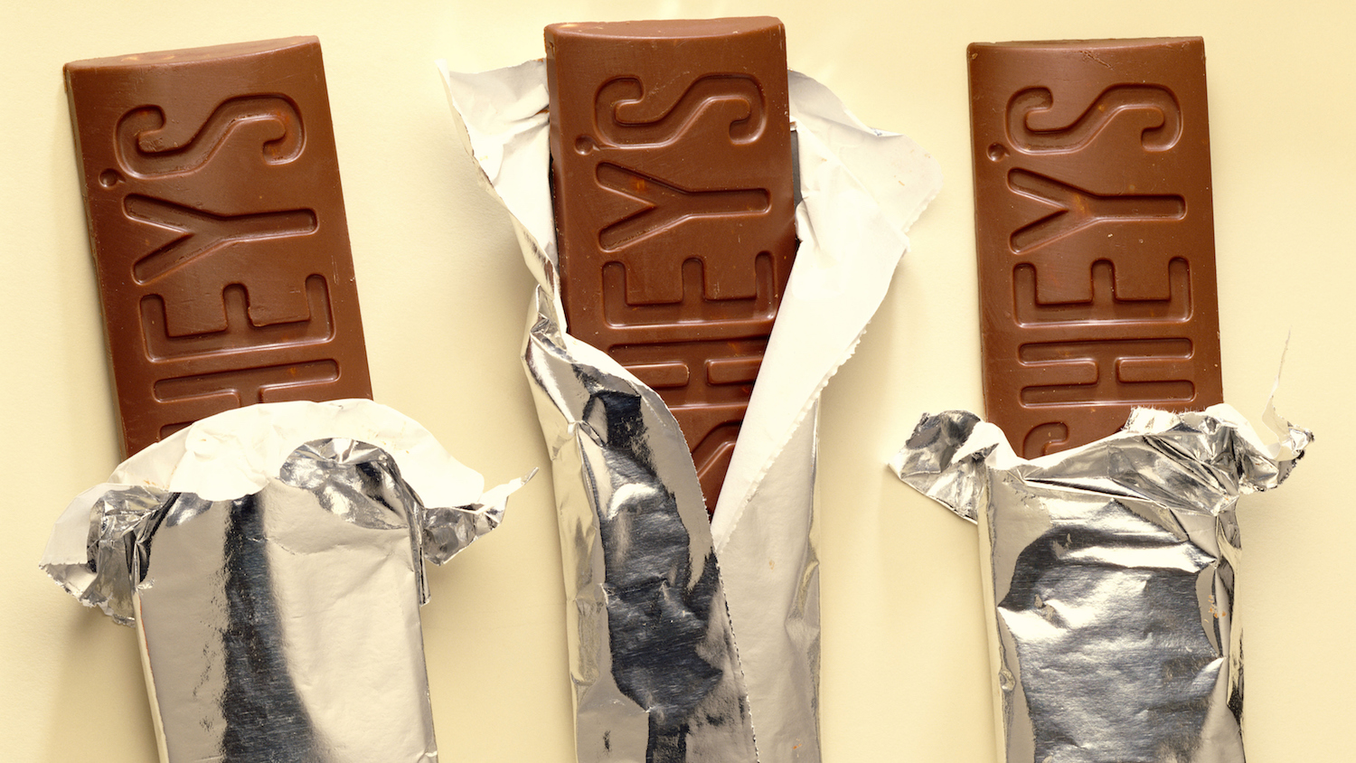 Lawsuit Alleging Hershey's Under-Fills Whoppers Boxes Moves Forward