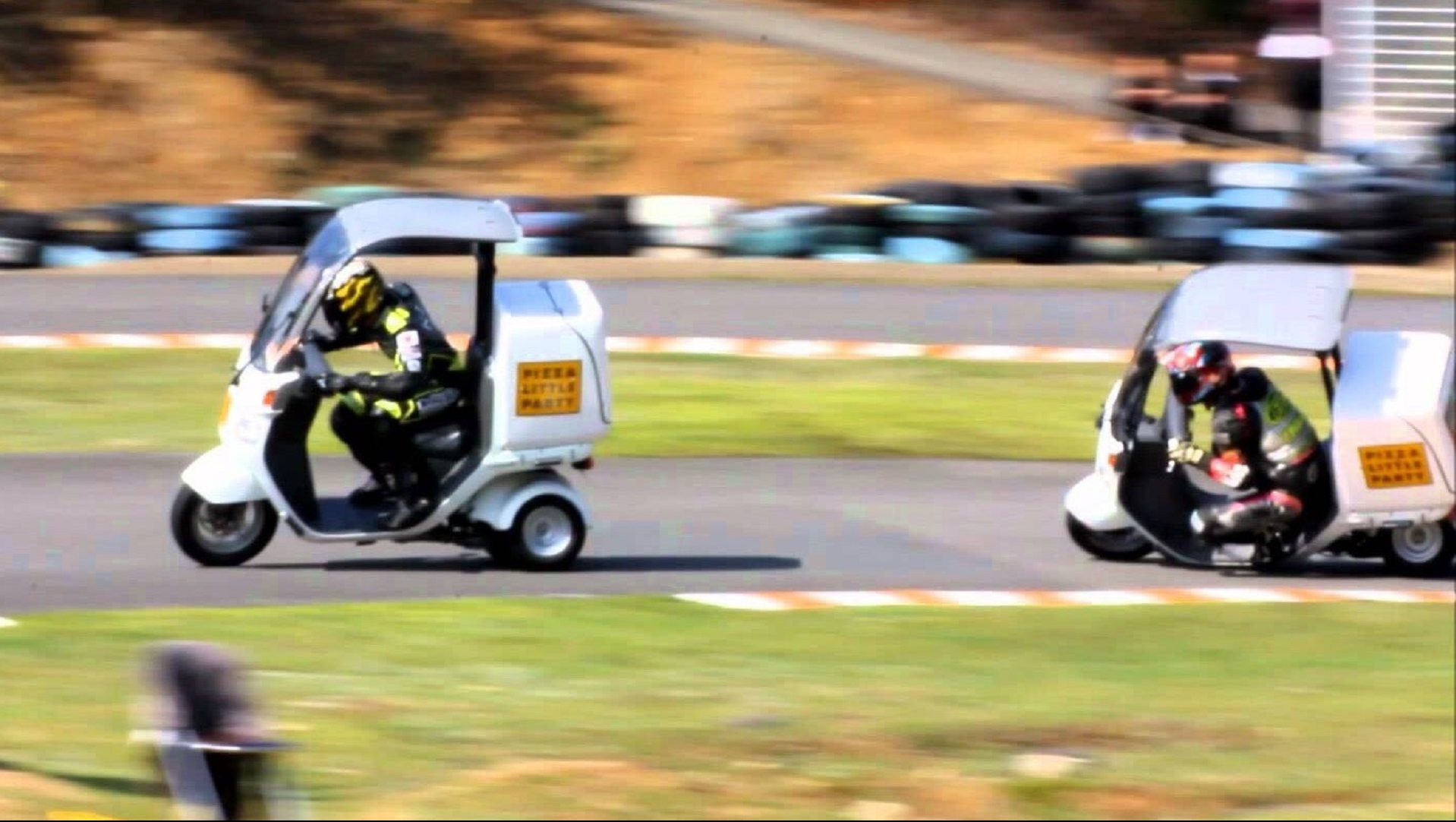 Japanese Pizza Delivery Scooter Racing Is My New Favorite Motorsport