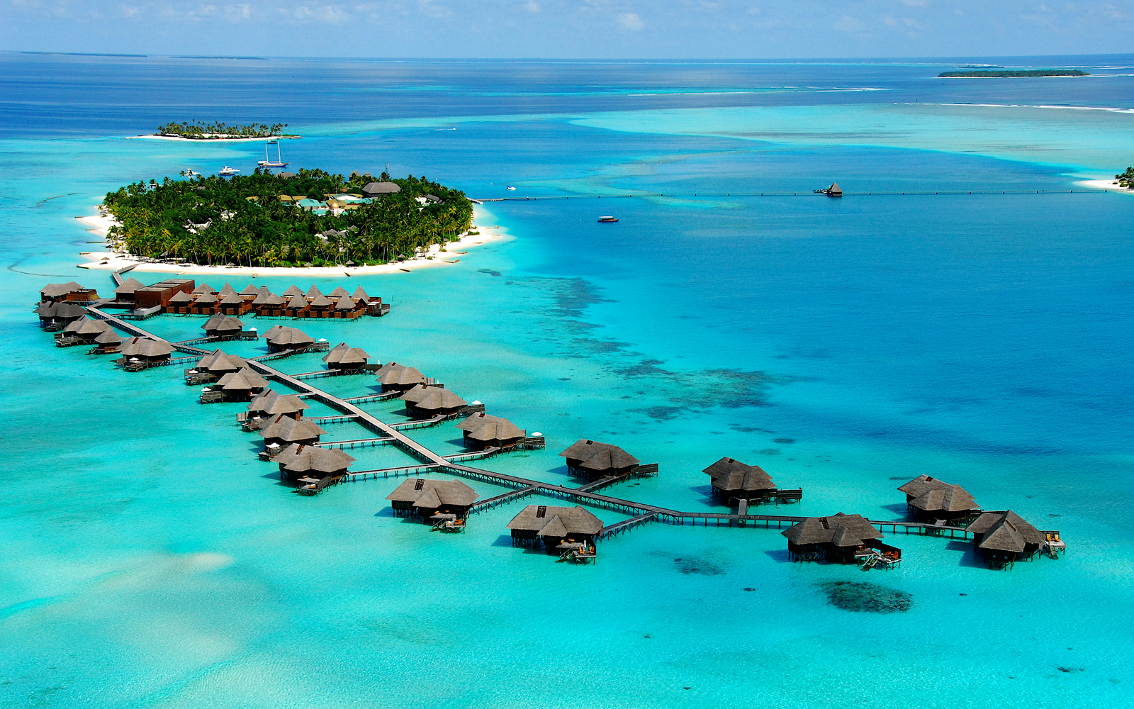 Where to Score Cheap Flights to the Maldives Right Now