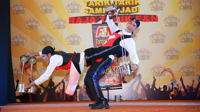 Malaysian Millennials Love Teh Tarik, the Tea That Inspires Dance Competitions