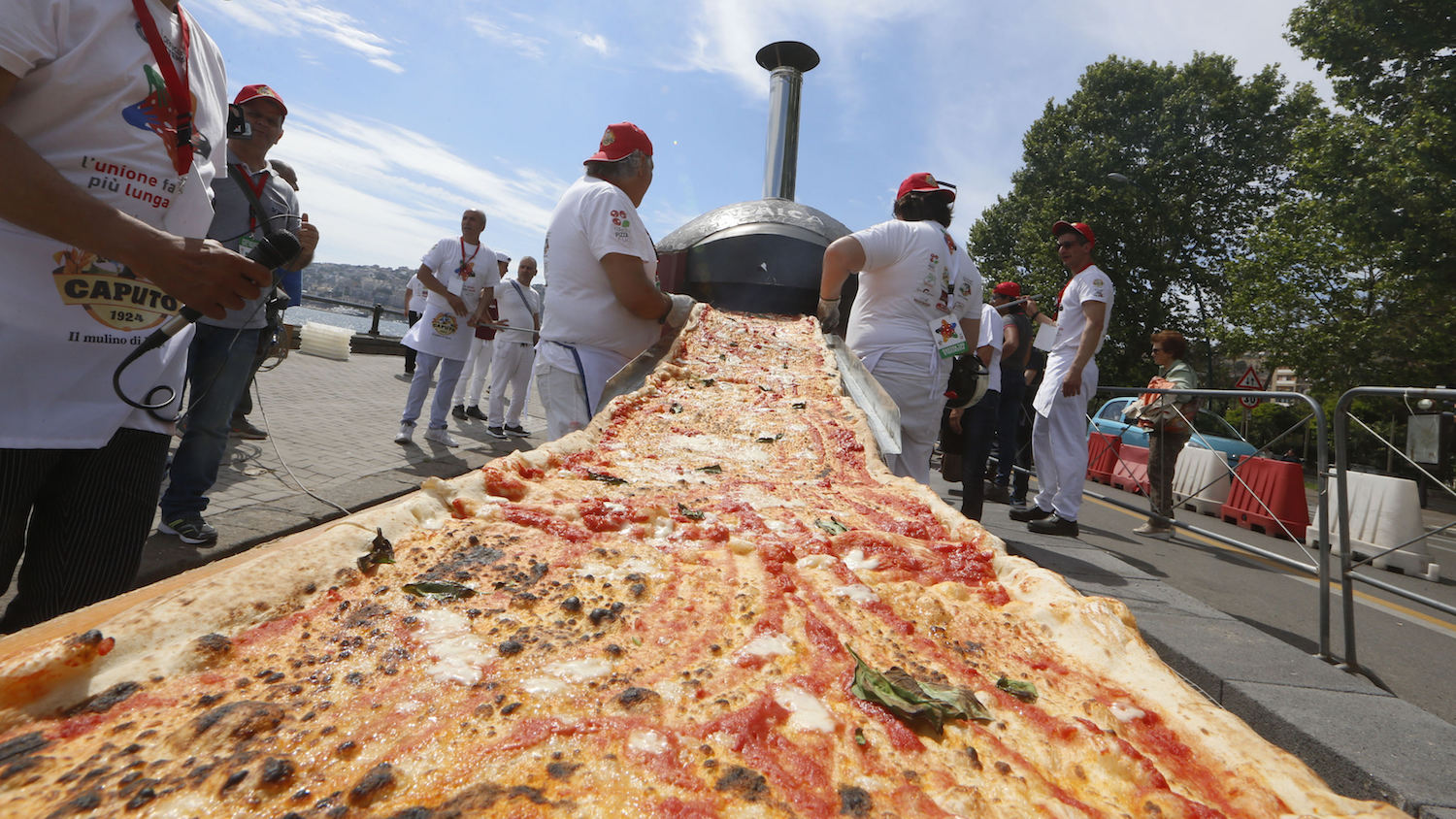 World's longest pizza