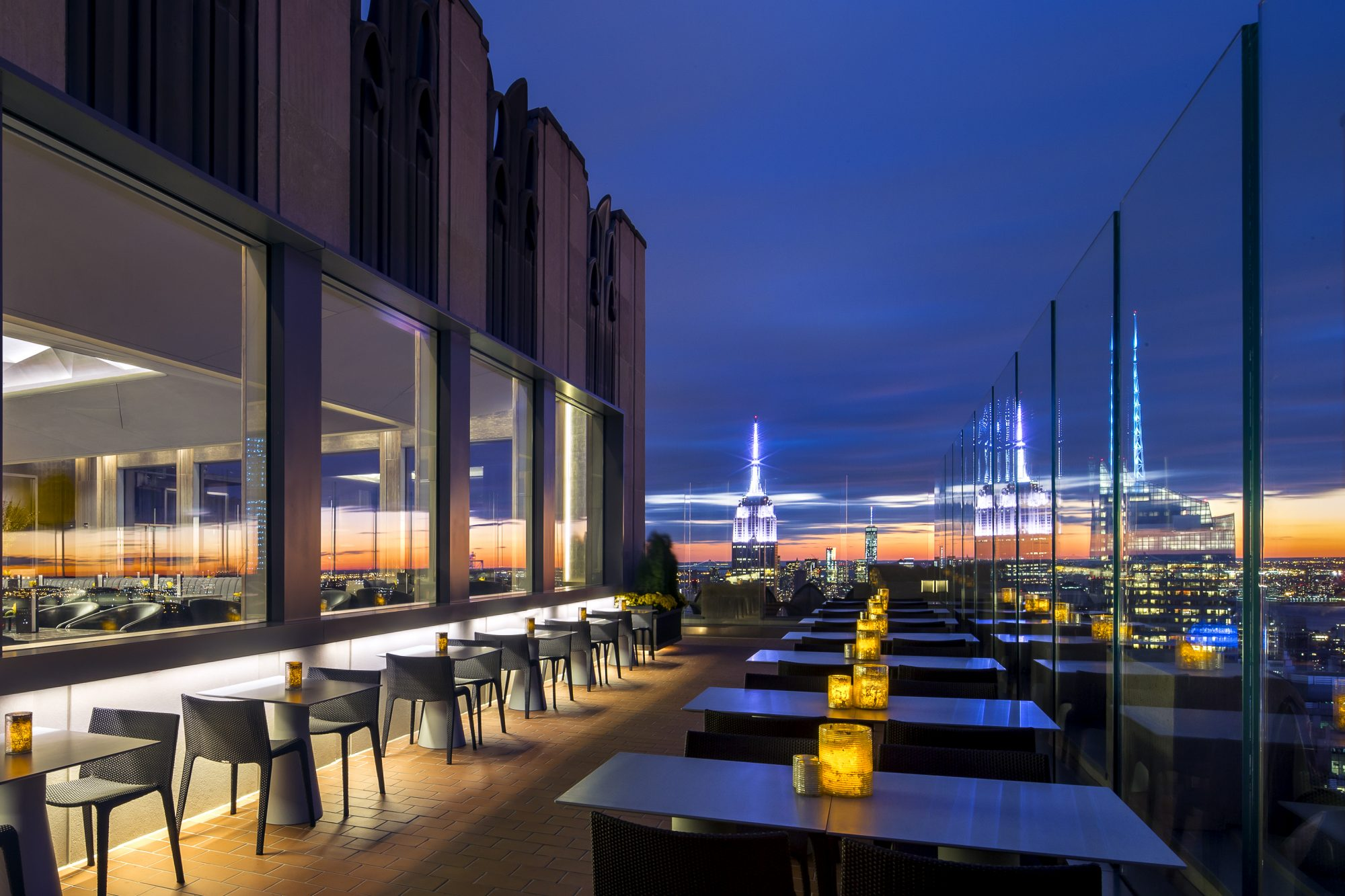 Where to drink on new york 39 s rooftops food wine for Food bar rainbow moon