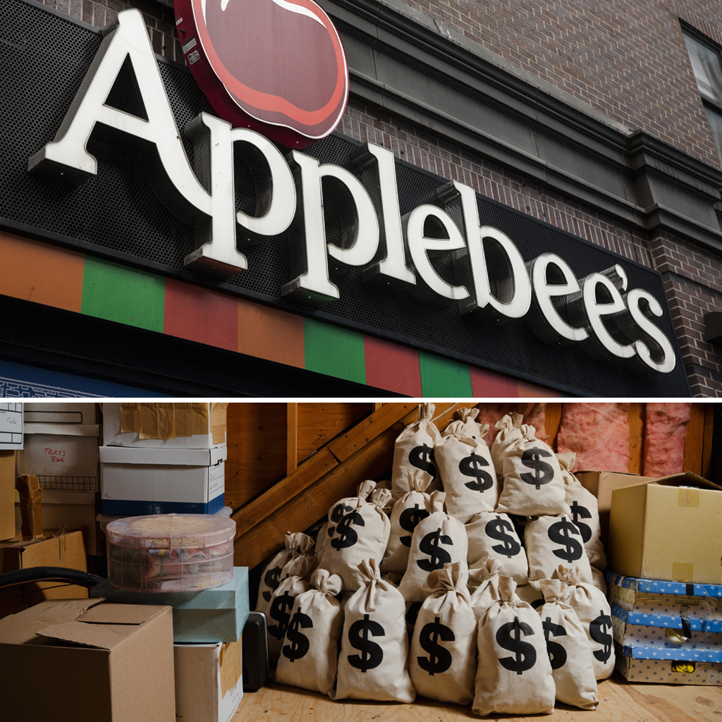 32000 DOLLARS FOUND AT APPLEBEES FWX