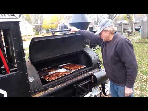 BBQ Lovers Builds Smoker Steam Train Engine