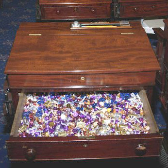 candy-desk-senate