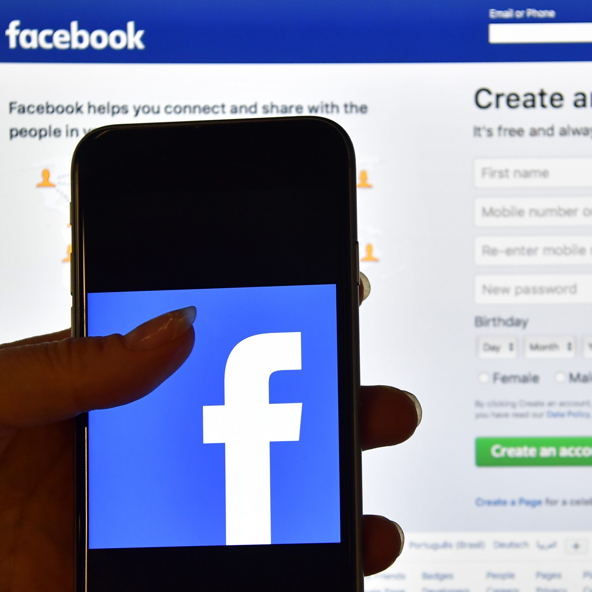 Brands on Facebook Can Now Send You Ads via Chat, With a Catch