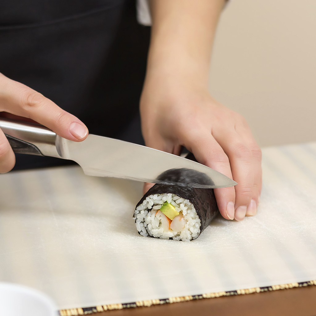 Why All the Chefs at This Tokyo Sushi Restaurant are Women
