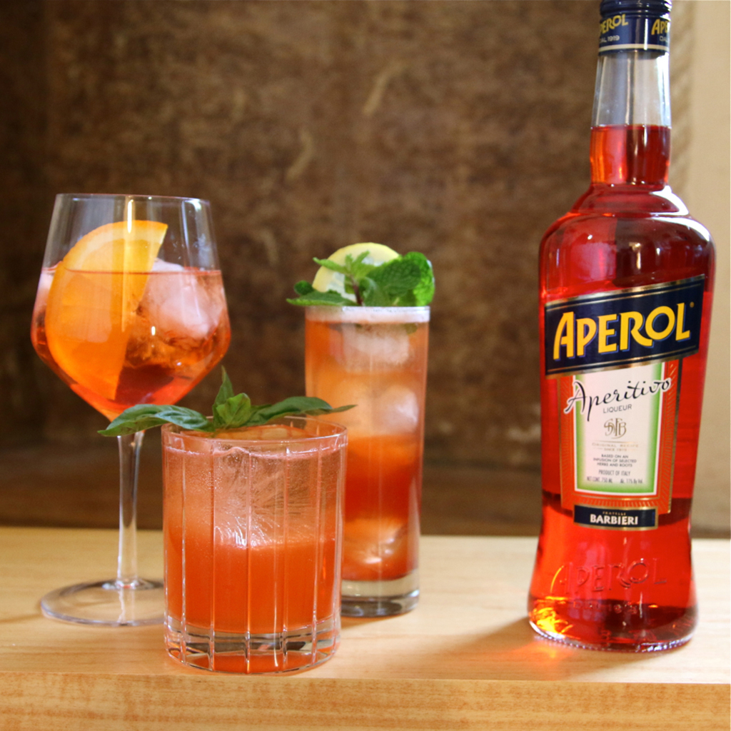 3 Ultra Refreshing Drinks To Make With Aperol
