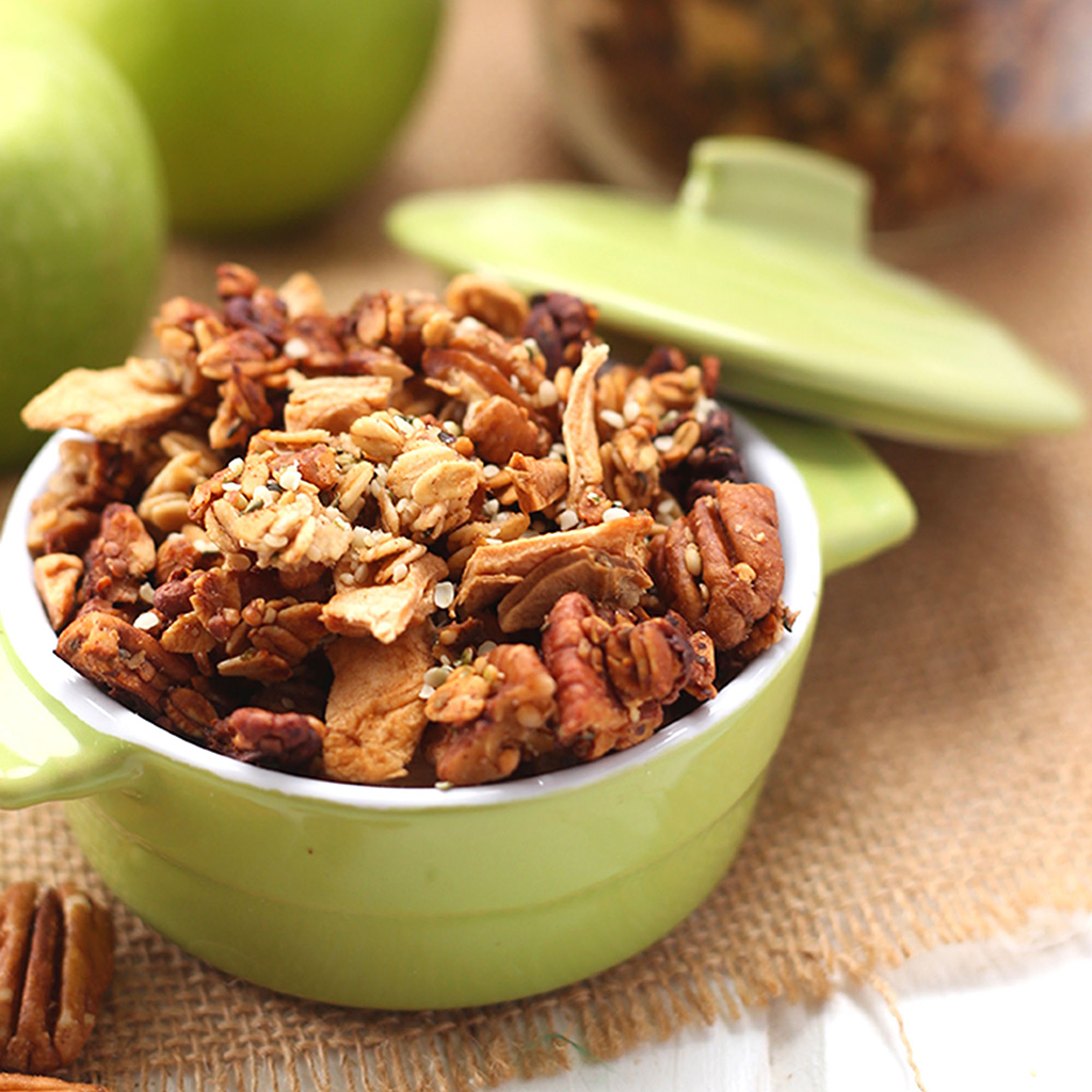 hemp, hemp recipes, apple, pecan, granola
