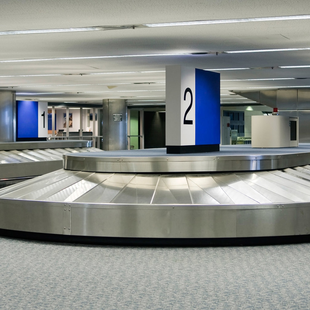 baggage-claim-luggage-TL-partner-fwx