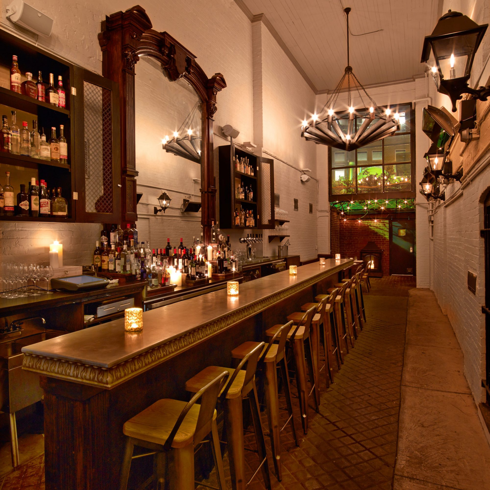 BEST DATE RESTAURANTS DC IRON GATE FWX