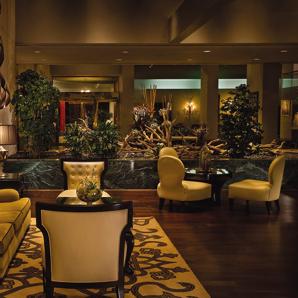 The swank lobby of the Omni