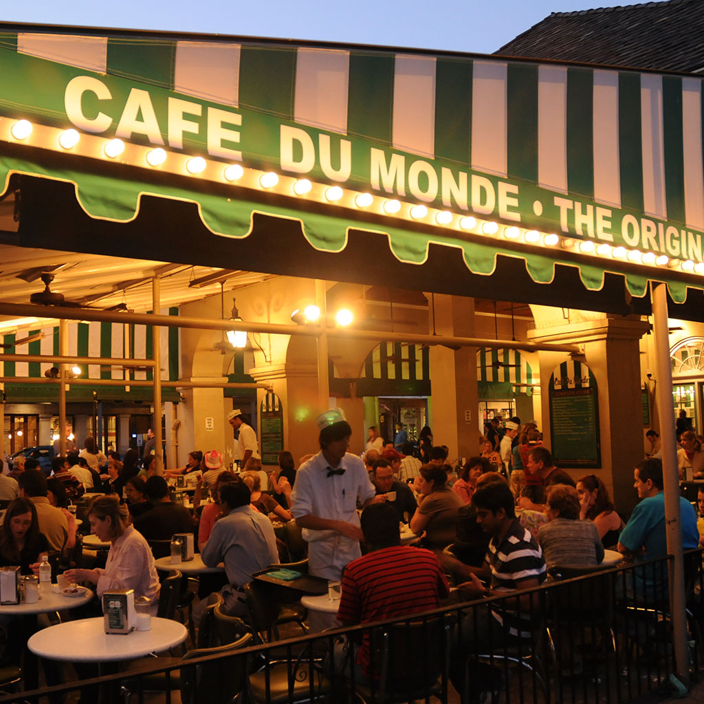 Best Late Night Spots Nola Cafe Du Monde Fwx