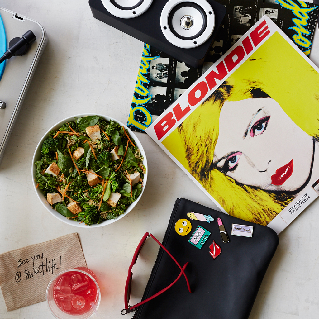 BLONDIE BOWL AND BLONDIE ALBUM FWX